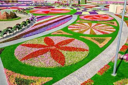 it-is-the-8th-wonder-of-the-world-unique-garden-in-dubai-will-surprise-even-the-most-avid-artnaz-com-13