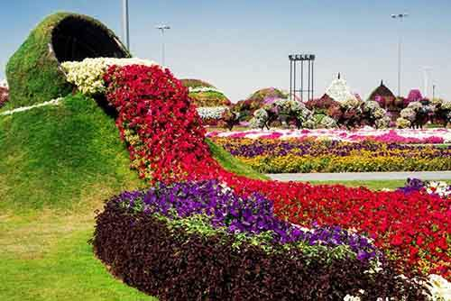 it-is-the-8th-wonder-of-the-world-unique-garden-in-dubai-will-surprise-even-the-most-avid-artnaz-com-14