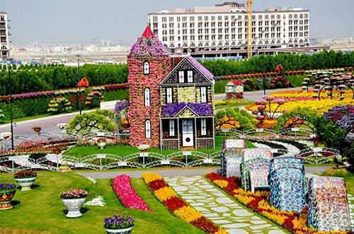 it-is-the-8th-wonder-of-the-world-unique-garden-in-dubai-will-surprise-even-the-most-avid-artnaz-com-18