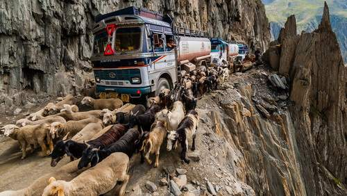 the-most-dangerous-road-in-india