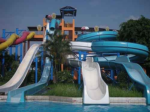 Ho-Tay-Waterpark-Vietnam