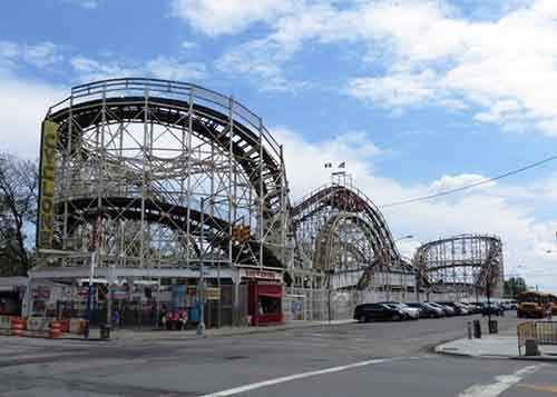 20-Cyclone_Roller_Coaster_Coney_Island_New_York_001-610x435