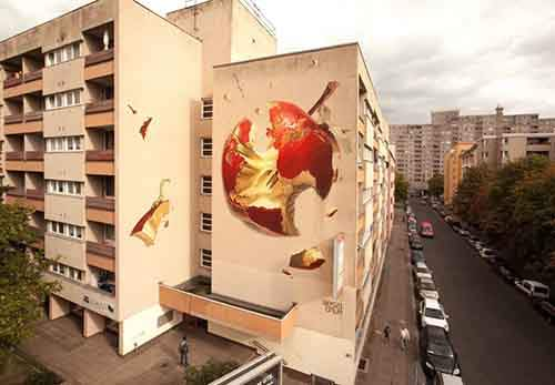 20-works-of-street-art-that-conquered-us-in-2015-artnaz-com-12