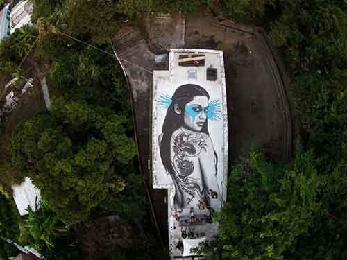 20-works-of-street-art-that-conquered-us-in-2015-artnaz-com-17