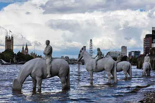 52155-R3L8T8D-800-the-rising-tide-jason-decaires-taylor-london-designboom-02-2