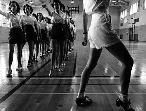tap dance essay 'the influence of gregory hines on the re-emergence of rhythm tap dance in the united states as a theatrical dance form is better than 'tap in dance essays.