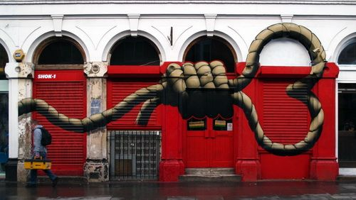 20-strong-street-art-works-revealing-the-truth-of-life