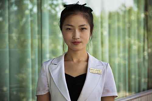 I-Photographed-Women-In-North-Korea-To-Show-That-Beauty-Is-Everywhere__880
