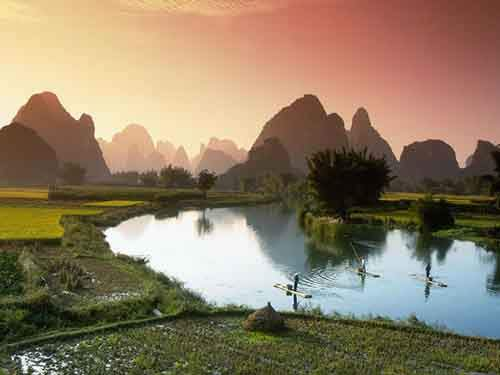 fishing-on-the-li-river-guilin-china-iltwmt