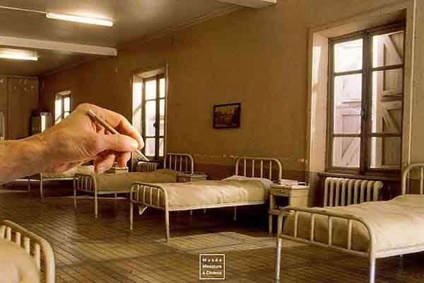 realistic-miniature-rooms-museum-cinema-dan-ohlman-france-2