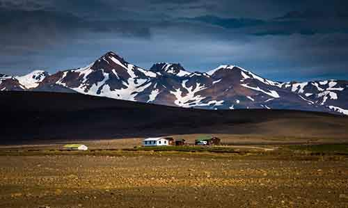i-fell-in-love-with-iceland-but-its-a-complicated-relationship-14__880