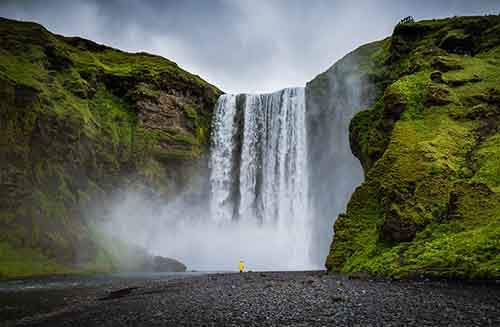 i-fell-in-love-with-iceland-but-its-a-complicated-relationship-25__880
