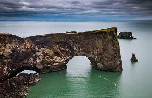 i-fell-in-love-with-iceland-but-its-a-complicated-relationship-4__880