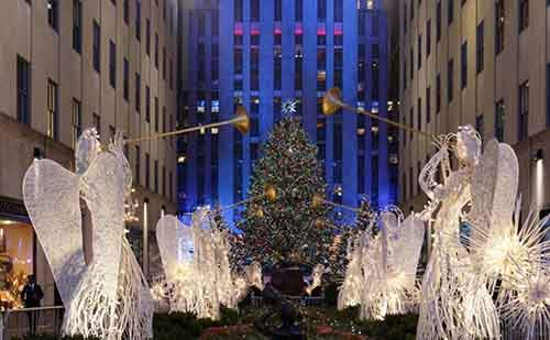 11-most-spectacular-christmas-trees-in-the-world-artnaz-com-4