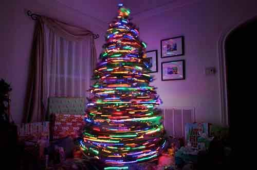 15-ideas-for-a-creative-christmas-tree-artnaz-com-4