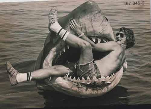Awesome Behind The Scenes Photos From Old Movies (15)