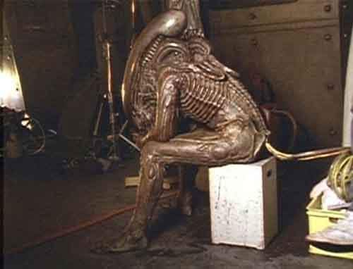 Awesome Behind The Scenes Photos from Horror Movies (11)