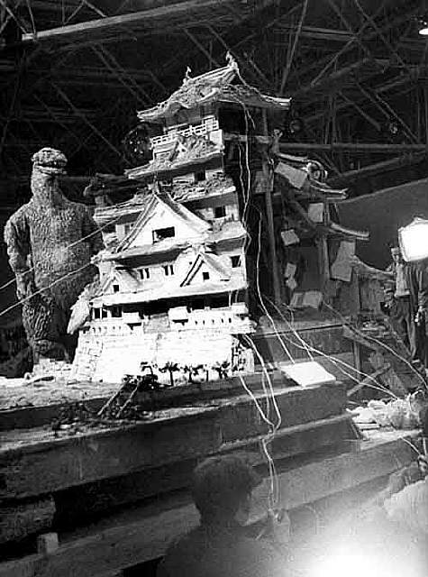Awesome Behind The Scenes Photos from Horror Movies (20)