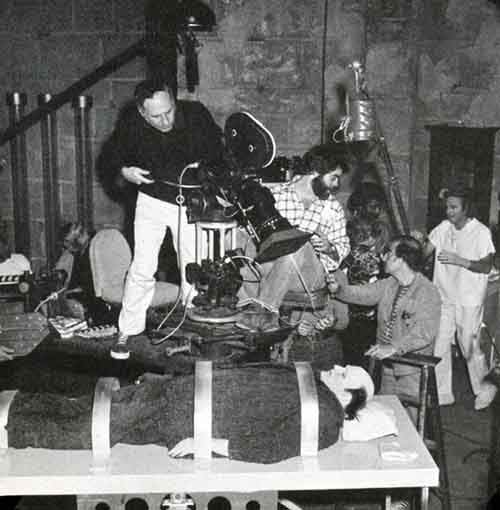 Awesome Behind The Scenes Photos from Horror Movies (32)