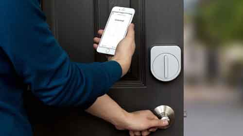 app that can lock your front door