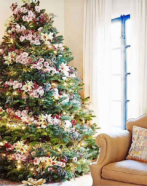 floral-christmas-tree-decorating-ideas-22__605