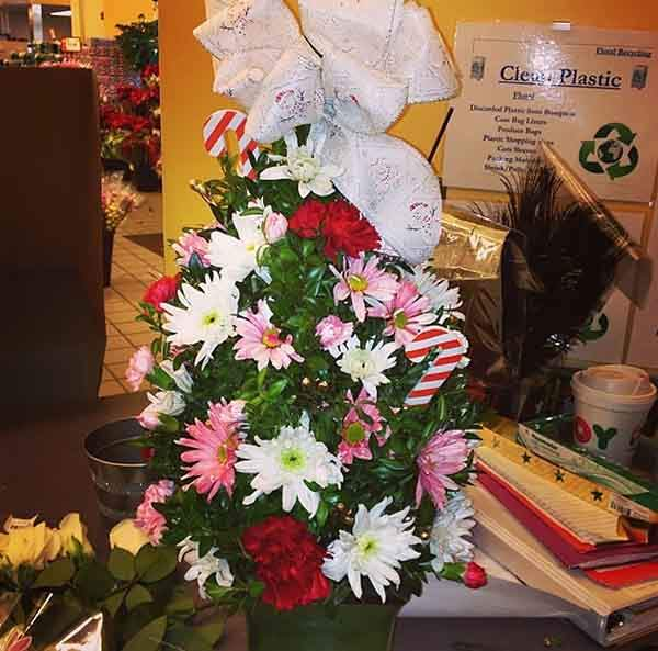floral-christmas-tree-decorating-ideas-24__605