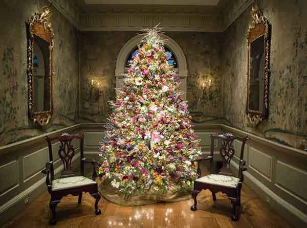 floral-christmas-tree-decorating-ideas-26__605