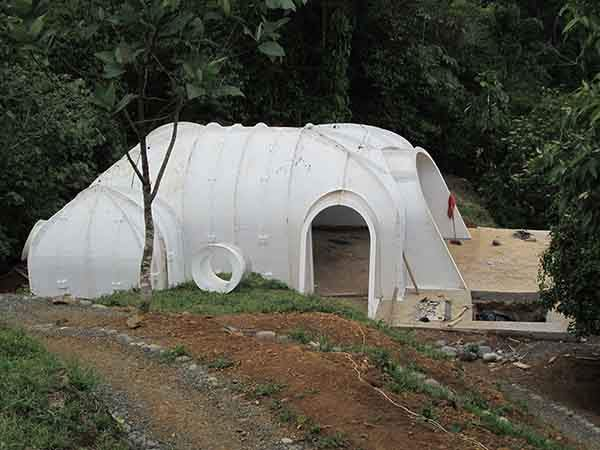 hobbit-holes-eco-friendly-houses-green-magic-homes-22