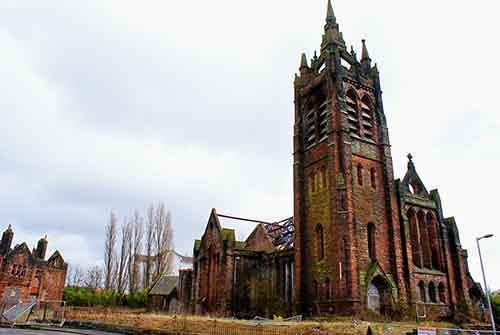 1280px-burnt_out_church2