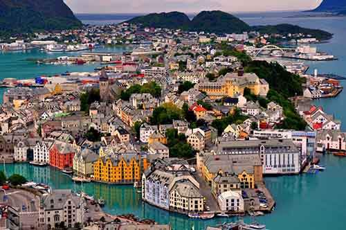 97055-1000-1450851005-marool-norway-alesund
