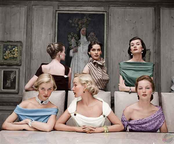 Plunging Necklines in 1950s.