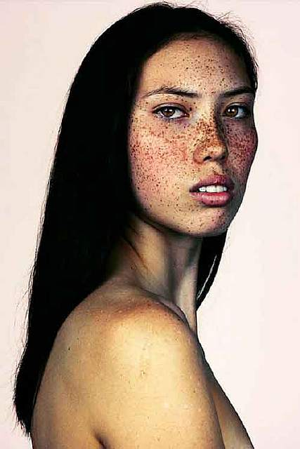 freckles-portrait-photography-brock-elbank-128__700
