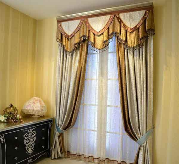 luxury-classic-curtains-and-drapes-for-bedroom-