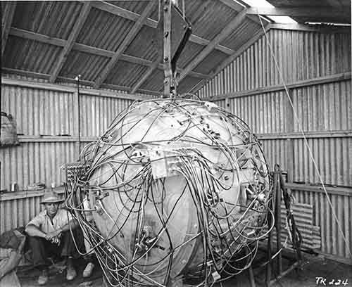 The Gadget, the first atomic bomb, 1945