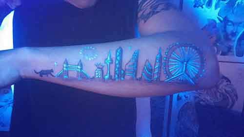 glow-in-dark-tattoos-uv-black-light-461__605