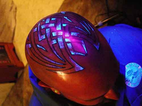 glow-in-dark-tattoos-uv-black-light-501__605