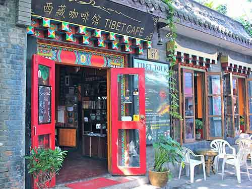 hutongs-which-are-small-lanes-and-streets