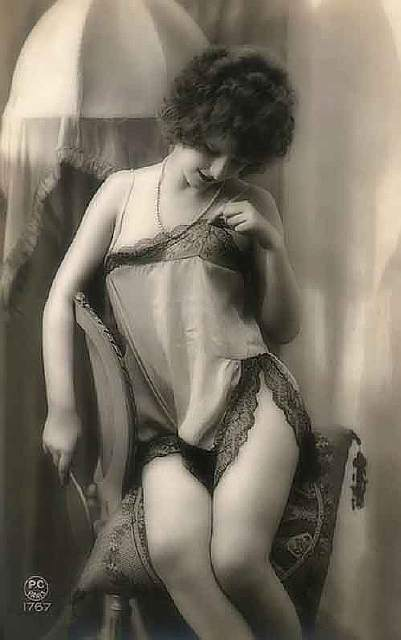 vintage-women-beauty-1900-1910__605