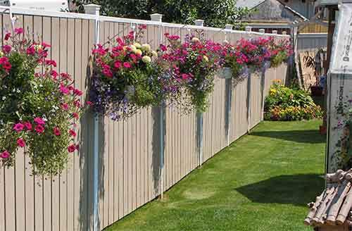 Garden-fence-decor-ideas-28-57221e913da5f__700