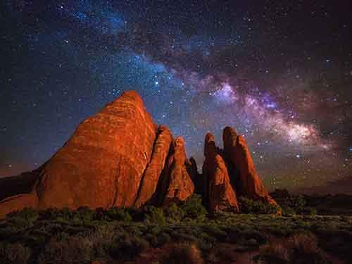 arches-milky-way_94913_990x742