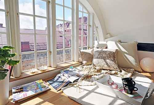 cozy-reading-nooks-book-corner-573091b96592b__700
