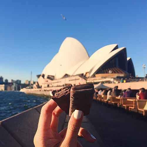food-around-the-world-sweets-travel-girl-eat-world-2-5723023ea7176__605
