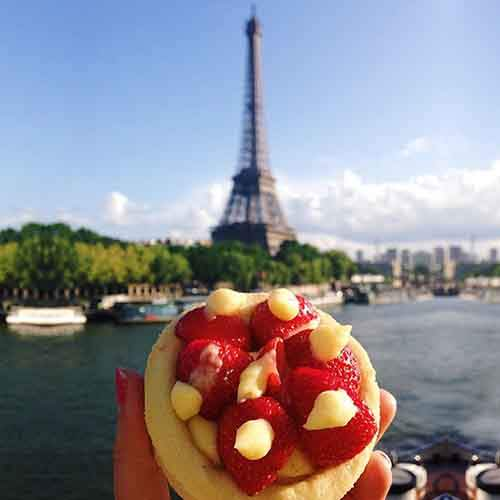 food-around-the-world-sweets-travel-girl-eat-world-50-57230209d1542__605