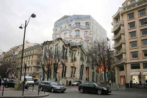 18-Melting-Building-Paris-610x407