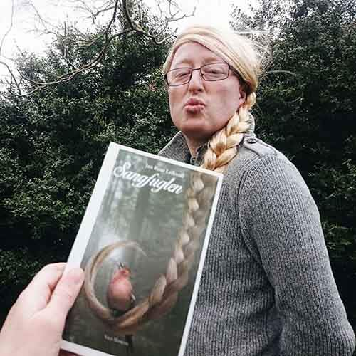 book-cover-face-illusion-perfectly-timed-photos-39-5763da4d532e0__605
