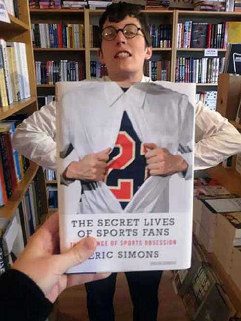 book-cover-face-illusion-perfectly-timed-photos-50-5763e5b0638ca__605