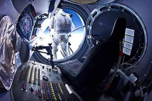 felix-baumgartner-craft-610x406
