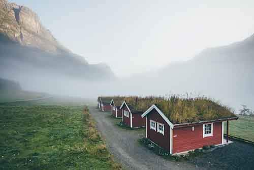 grass-roofs-scandinavia-7-575fe6df87373__880