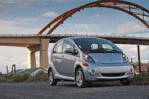 Mitsubishi Motors North America, Inc. (MMNA) is proud to announce that the company's new 2014 Mitsubishi i-MiEV electric-powered production vehicle receives an expanded standard equipment package and a considerable price reduction of ,130 over the previous 2012 model year vehicle.
