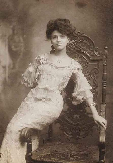 most-beautiful-women-edwardian-era-1900s-10-578c7e63116fa__700